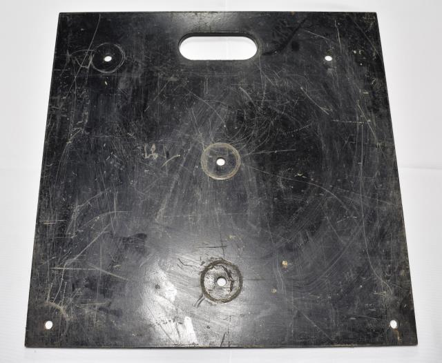 Where to find 18  x 18  Black Heavy Duty Baseplate in Atlanta